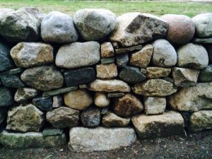 Retainer Wall, Granite and Fieldstone Mix