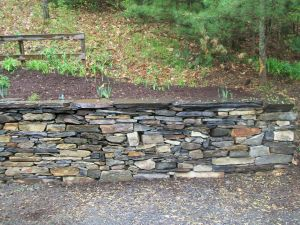 Retainer Wall, Slate and Fieldstone Mix