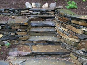 In-built Steps to the Garden
